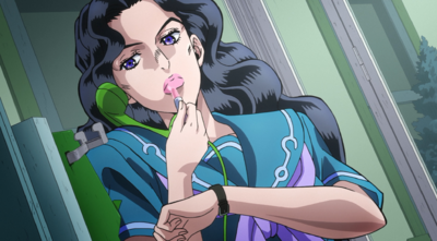 Yukako applies the Cinderella lipstick.png