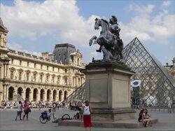 Equestrian statue of Louis XIV 1.jpg