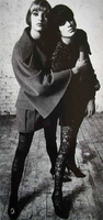 2 LindaEvangelista & KristenMcMenamy F-W 1993-94.png