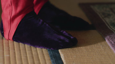 Ikkyu purple socks.png